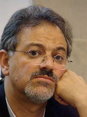 احمد شیرزاد *