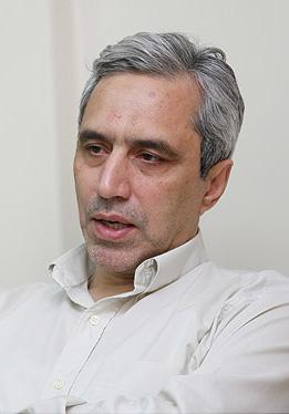 حسین میرمحمد صادقی*