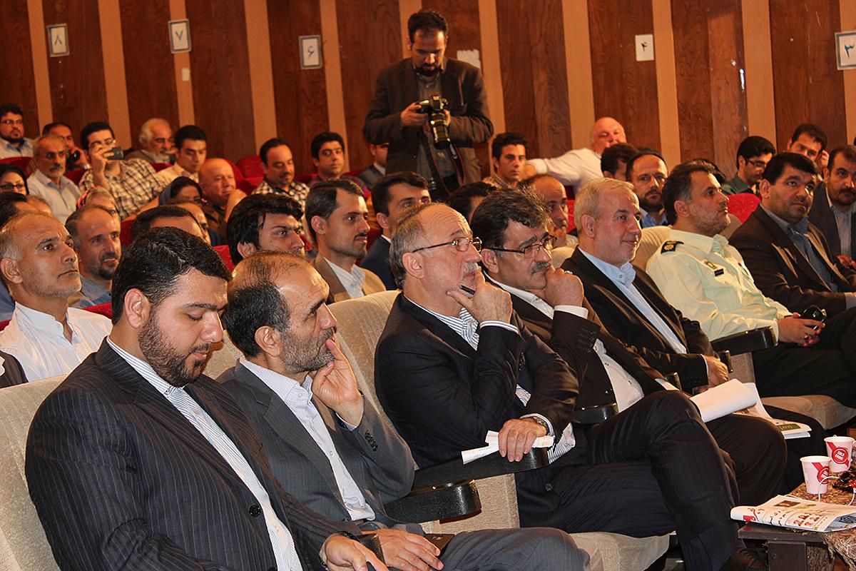 همایش تجلیل از خبرنگاران استان گیلان1