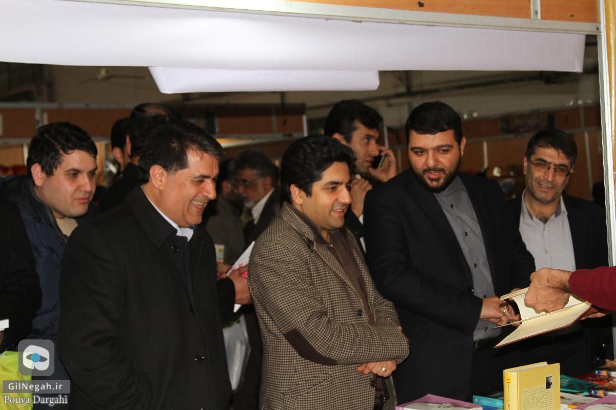 بازدید شهردار از نمایشگاه کتاب (2)