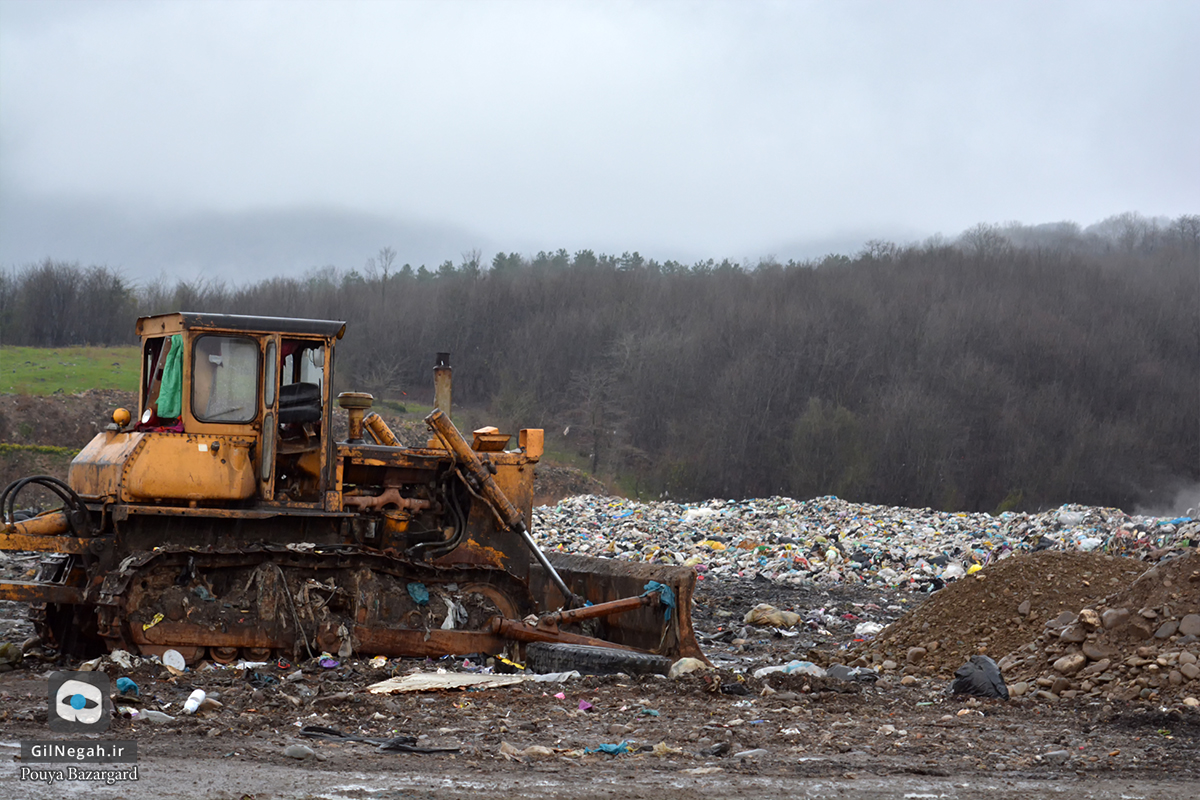 بهسازی محل زباله سراوان (3)