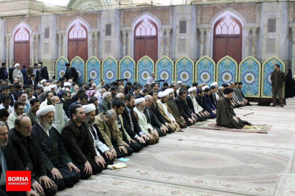 دیدار++جمعی+از+جوانان++گیلانی+با+آیت+الله+سید+حسن+خمینی (1)