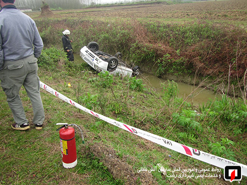 واژگونی خودرو کانال پسیخان (1)