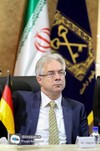 شهردار شوئبیش هال آلمان (12)