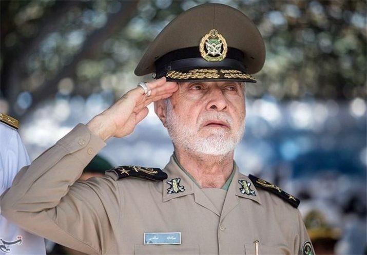 علی شمخانی امیردریابان ایرانی سرلشکر ایرانی لباس عربی