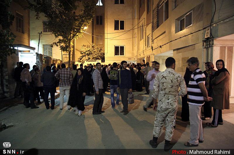 حضور پلیس ضد شورش مقابل منزل محمود احمدی نژاد صحت ندارد